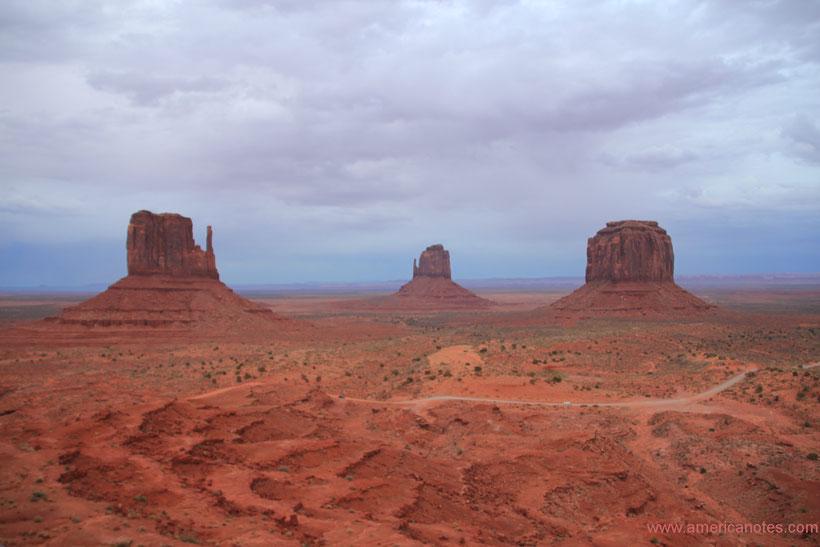 Die Nationalparks in den USA, Reisetipps und Informationen. Monument Valley Nationalpark in Arizona.