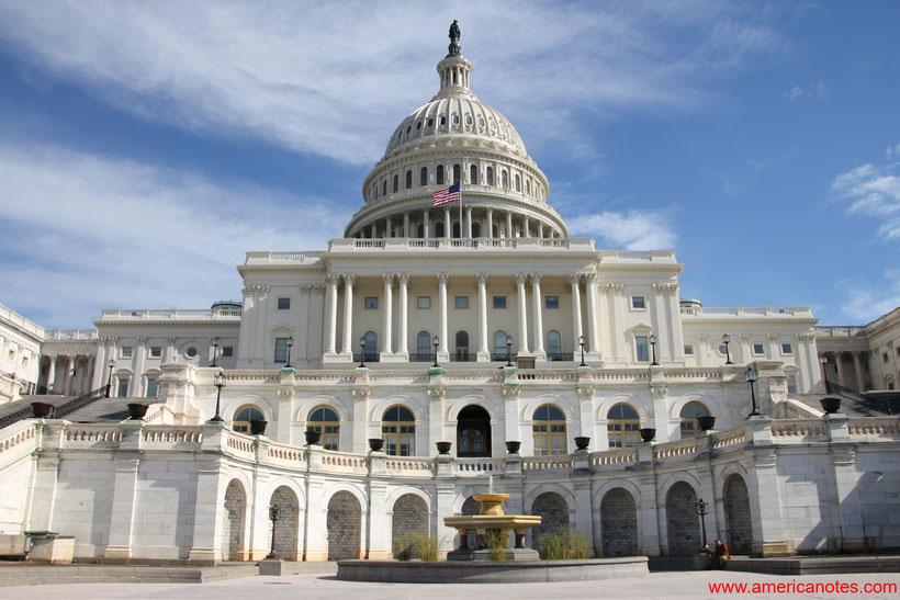 Die besten Sehenswürdigkeiten und Reisetipps für Washington D.C. Das Kapitol.