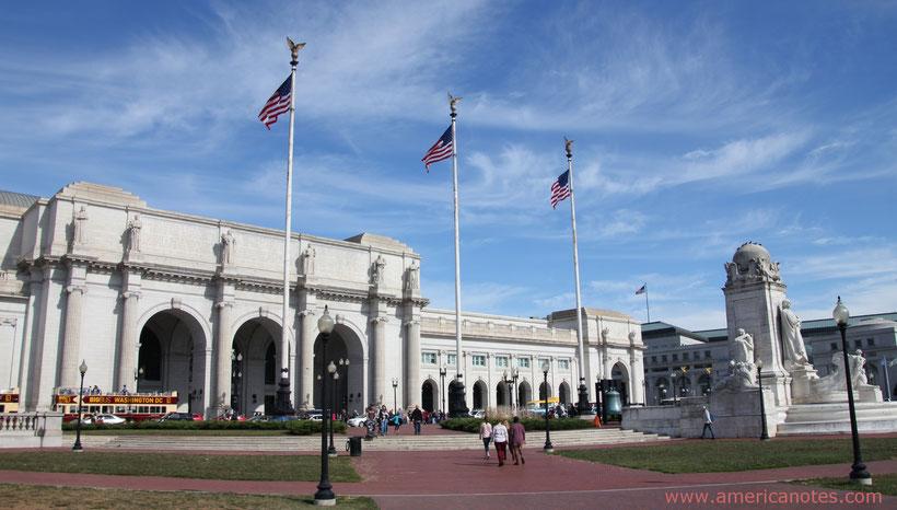 Reiseplanung USA: Blick über den Vorplatz der Union Station in Washington D.C.