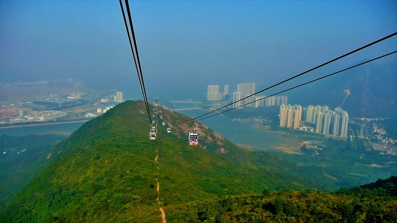 The breathtaking ride in a cable car to Lantau Island, Hong Kong © Sabrina Iovino | JustOneWayTicket.com