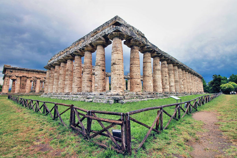 Paestum | Amalfi Coast & Cilento Coast - 7 Pretty Seaside Towns You Must Visit In South Italy | Photo: Sabrina Iovino via @Just1WayTicket
