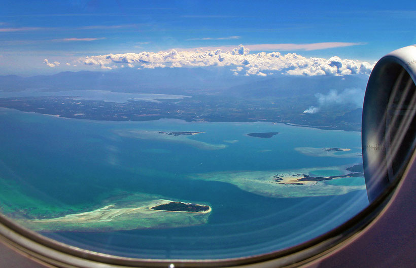 View from the airplane | 20 Photos of the Philippines that will make you want to pack your bags and travel © Sabrina Iovino | JustOneWayTicket.com