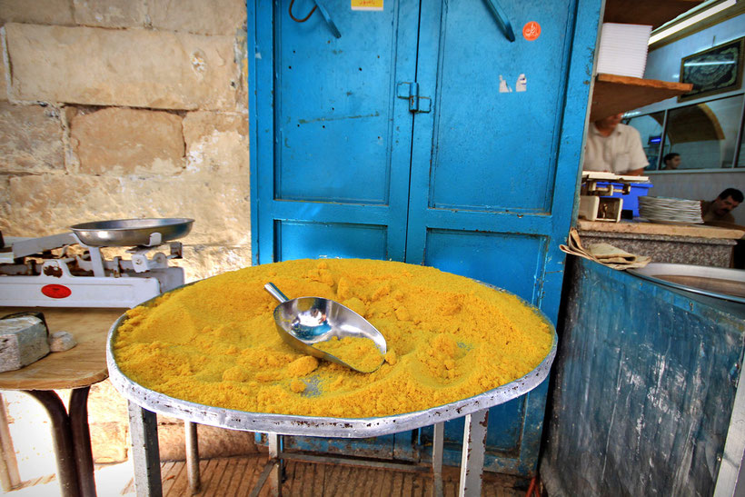 An important ingredient for Knafeh. So what is Knafeh...? Hold on!! © Sabrina Iovino | JustOneWayTicket.com