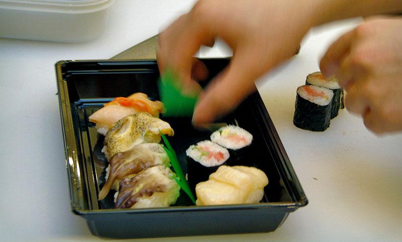 Sushi from the Tsukiji Fish Market. Tokyo, Japan 2013 © Sabrina Iovino | JustOneWayTicket.com