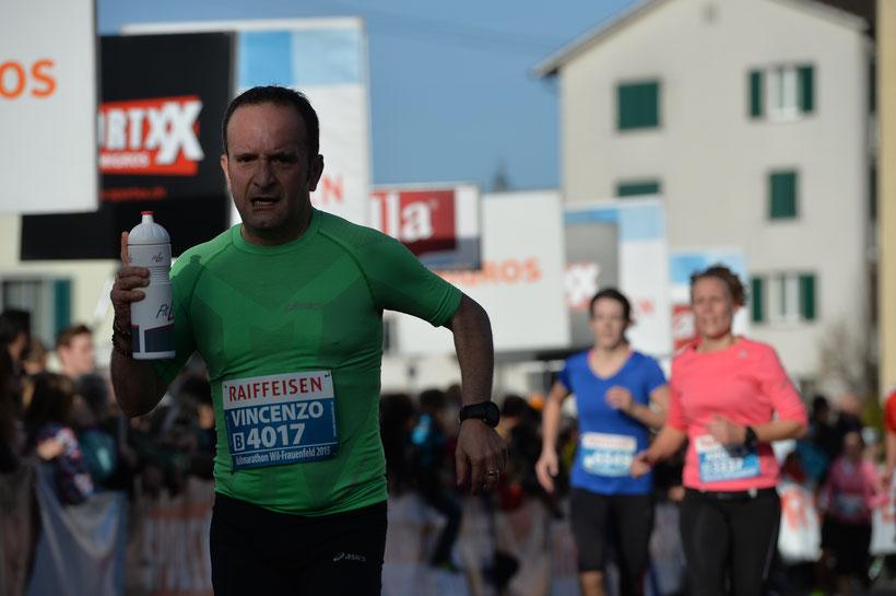 Vincenzo Cataldo beim Halbmarathon Wil - Frauenfeld, November 2015