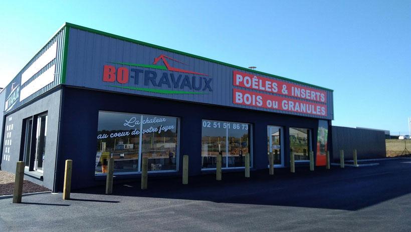 BO TRAVAUX agence et showroom Bazohes en Pareds - Poêles à bois et à granulés