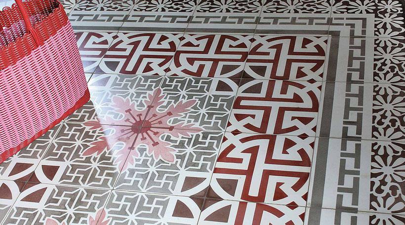Fußboden mit Zementmosaikplatten der Firma Original Style