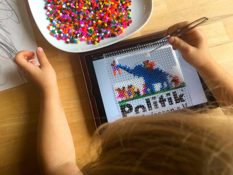 Politik zum Anfassen Verein Arbeitsplatz Demokratie Schule Politik Projekte Jugendbeteiligung Politische Bildung