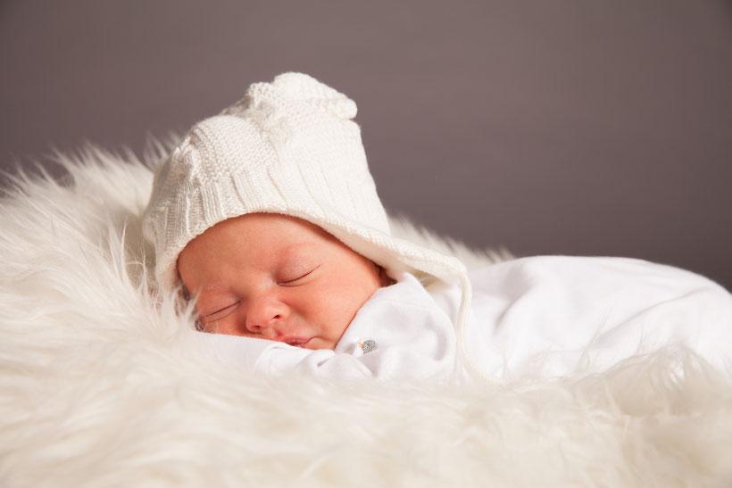 Neugeborenenfotos Hamburg professionelle Babyfotos Babyfotoshooting Bergedorf