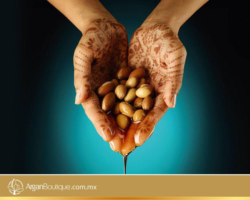 Aceite Cosmético de Argán Orgánico. Cómo usar el aceite de argán en la cara. Beneficios del aceite de argán para la piel y el cabello.