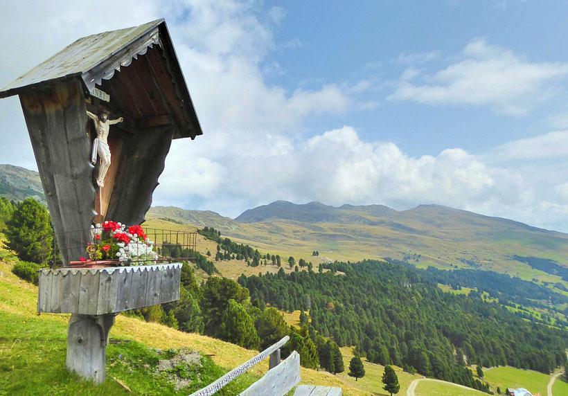 Wanderung zum Latzfonser Kreuz in Klausen, Südtirol