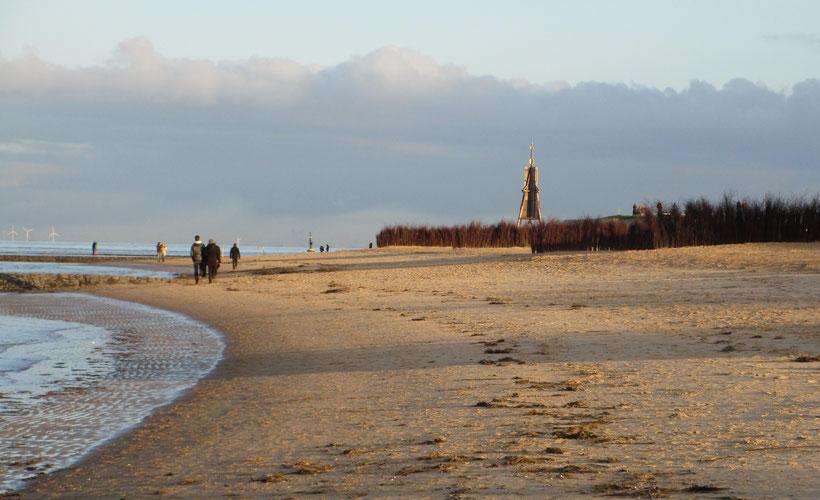 Kugelbake, Seezeichen, Schifffahrtszeichen, Wahrzeichen der Stadt Cuxhaven, Urlaub, Strand, Watt