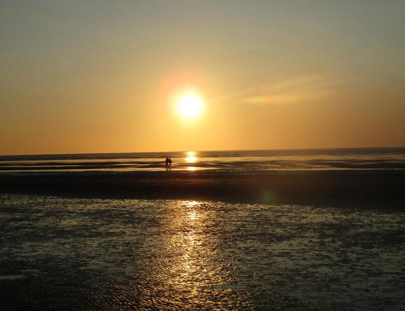 Cuxhaven Nachsaison, Watt, Meer, Sonnenuntergang