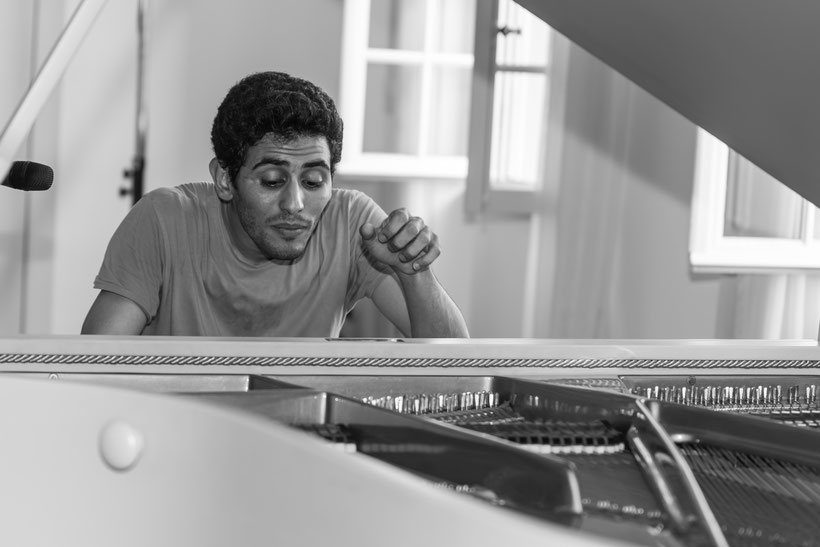 Aeham Ahmad - Pianist aus den Trümmern Syriens  Bild: Theo Stadtmüller