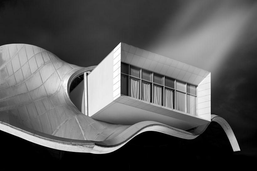 """""""Surfing Lines"""" - Centre Pompidou in Metz / Architects: Shigeru Ban, Jean de Gastines, Philip Gumuchdjian"""