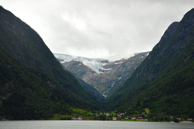 Gletscher Buarbreen bei Odda in Norwegen