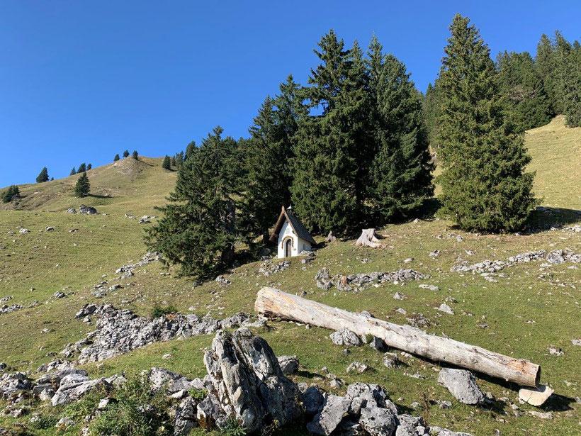 CAS-Kapelle am Fockenstein oberhalb der Neuhüttenalm