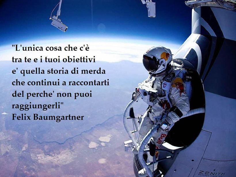 WWW.ROBERTOCASATI.COM PAGINA FACEBOOK