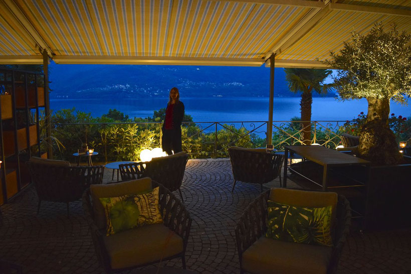 Park Hotel Brenscino in Brissago - Atmosphere on the Terrace in the Evening
