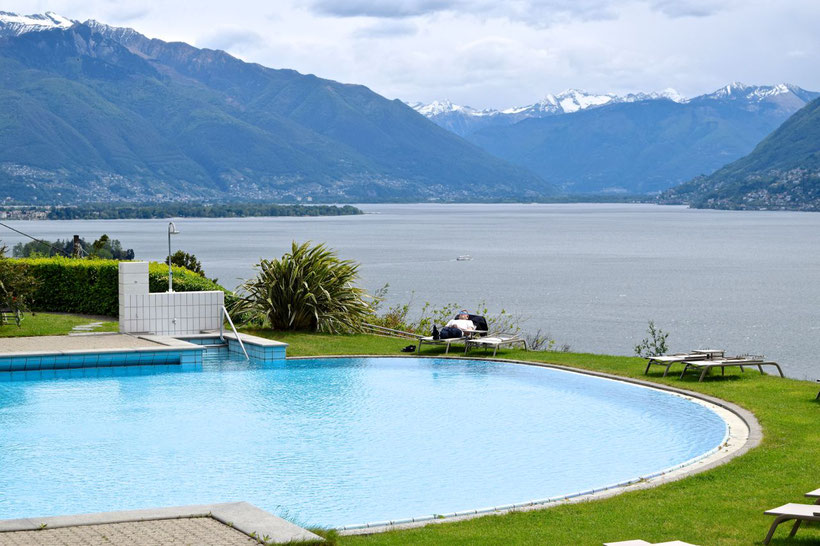 Park Hotel Brenscino in Brissago - Pool with a View