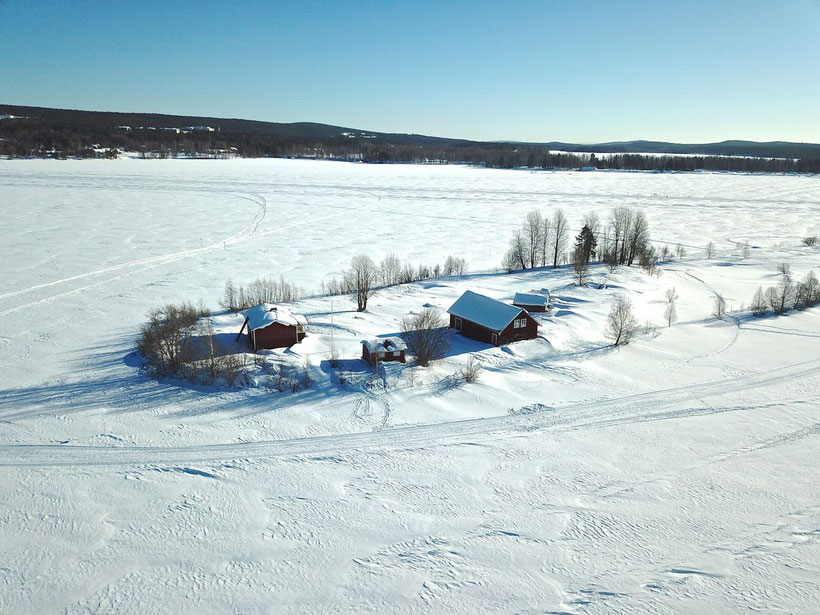 What to Do in Rovaniemi, Finland in Winter - Walk to the Scenic Kotisaari Island