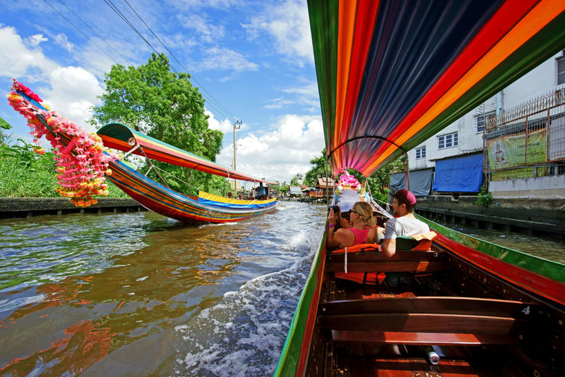 Pasiplaukiojimas kanalais Tailando sostinėje