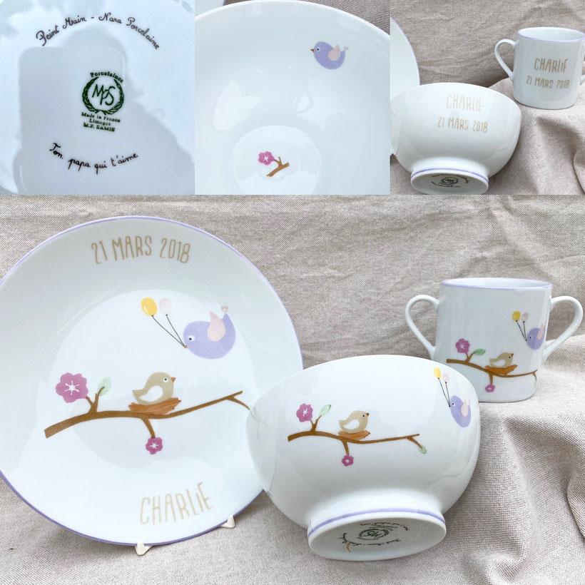 """Ensemble """"Birdy"""" comprenant une assiette plate 21 cm, un bol et une tasse bébé avec dédicace calligraphiée."""