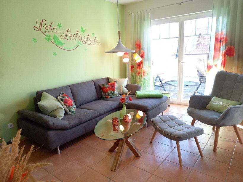 Prerow | Ferienwohnung Buchentraum 1/4 - Wohnzimmer mit Sitzecke