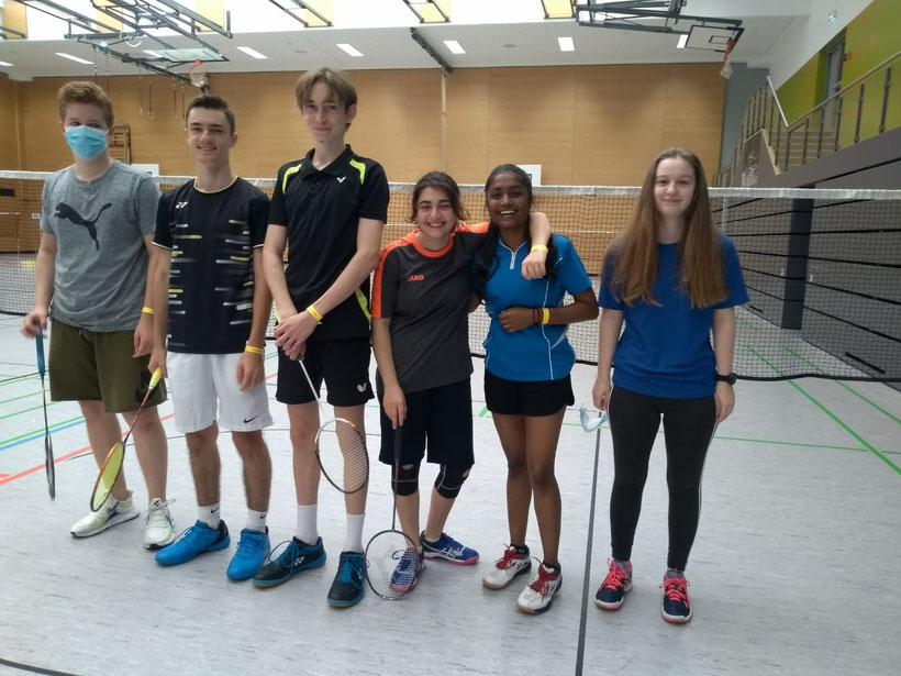 v.l.n.r.: Jannis, Luca, Leo, Armine, Anusika, Franziska