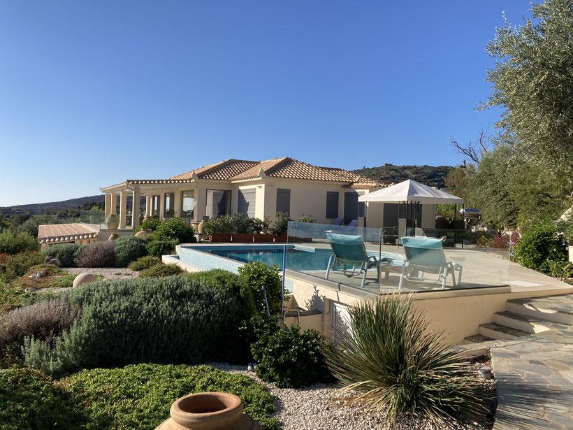 Exclusive Villa mit 2 Wohnungen. Ideal,  um mit Freunden zu verreisen.