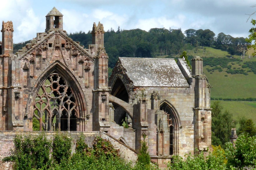 Melrose Abbey with the ridge behind