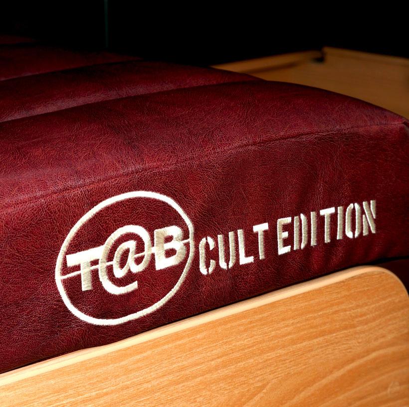 Reserviere einen nagelneuen T@B 320 Cult Edition!