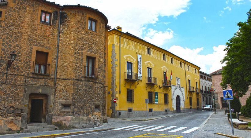 Fachada del Palacio Quintanar