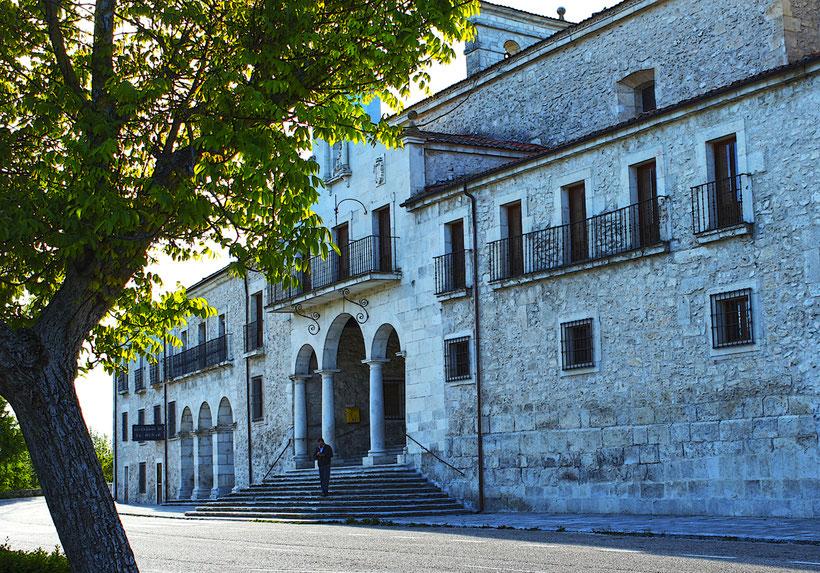 Santuario de Ntra. Sra. de El Henar en Cuéllar (Segovia)