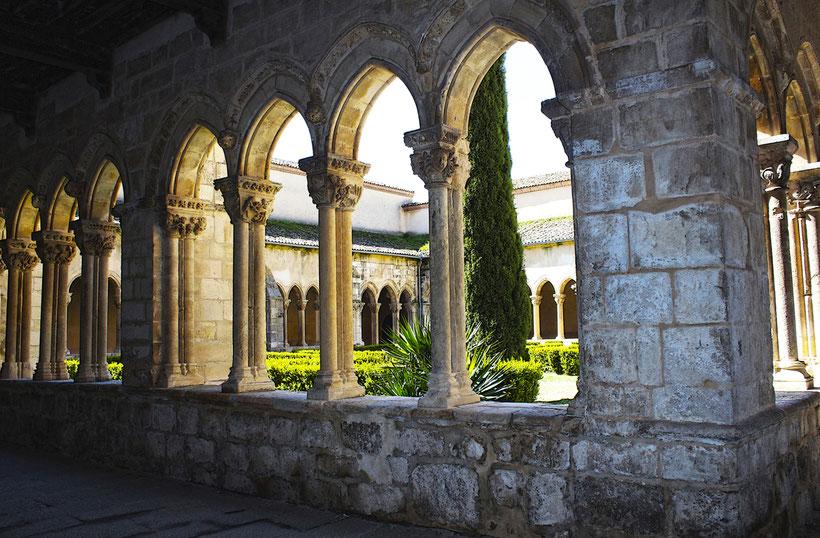 Iglesia y Monasterio de Nuestra Sra. de la Soterraña en Santa María