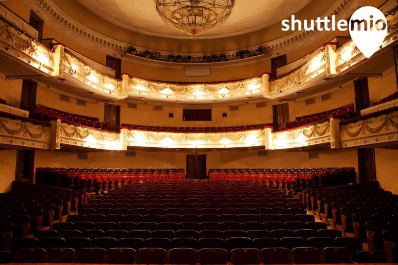 Ob Oper, Theater, Festspiel- oder Kulturhaus, unser Shuttle Service bildet den Rahmen für einen unvergesslichen Abend, in Heidelberg, Mannheim, Karlsruhe oder Baden-Baden.