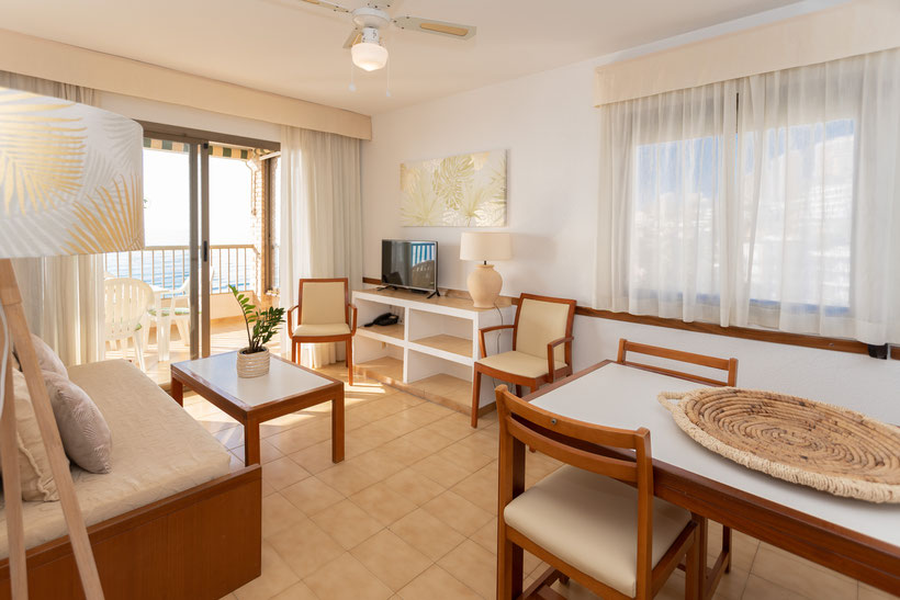 salon appartement 5 personnes aparthotel maria cristina beach