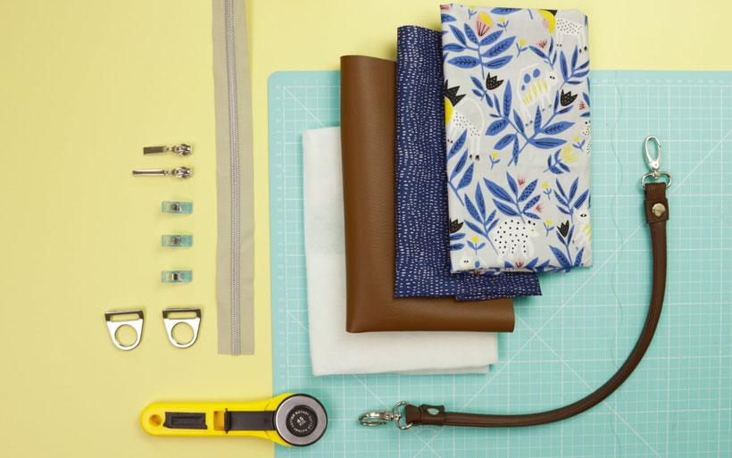 #ShopperSophie aus dem #DIYeuleBuch nähen: Nähanleitung für eine Shopper Tasche mit Henkel, Kunstleder und Reißverschluss. Nähanleitung von DIY Eule.