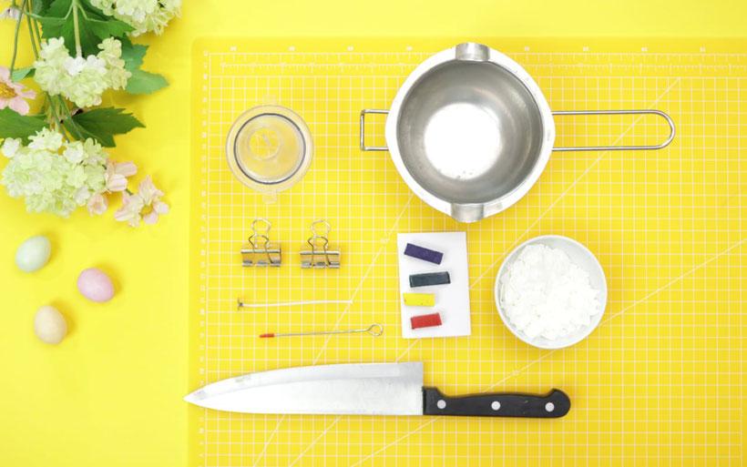 Osterkerzen selber gießen als Ostergeschenk DIY Idee von DIY Eule