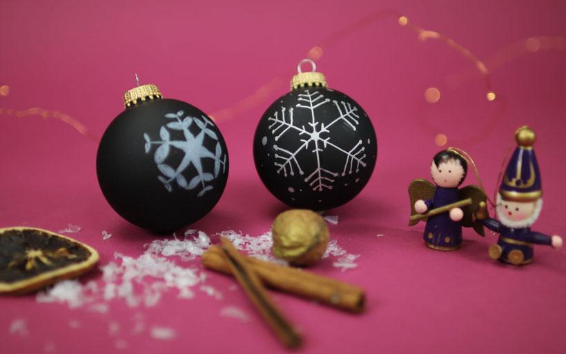 [Werbung] schwarze Weihnachtskugeln bzw.  Christbaumkugeln bemalen aus dem Bastelset DIY Weihnachten von Stabilo / Baumschmuck DIY– Anleitung von DIY Eule