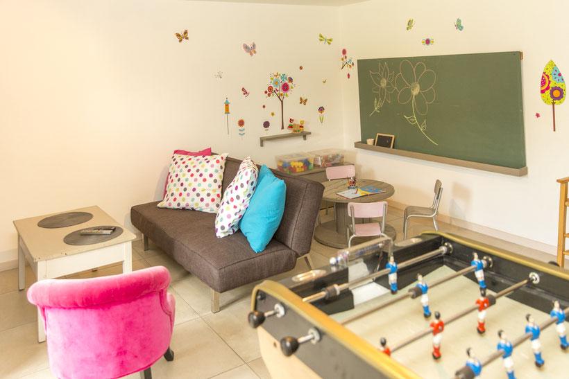 Salle de jeux pour enfants @lecorbeau-photo.com