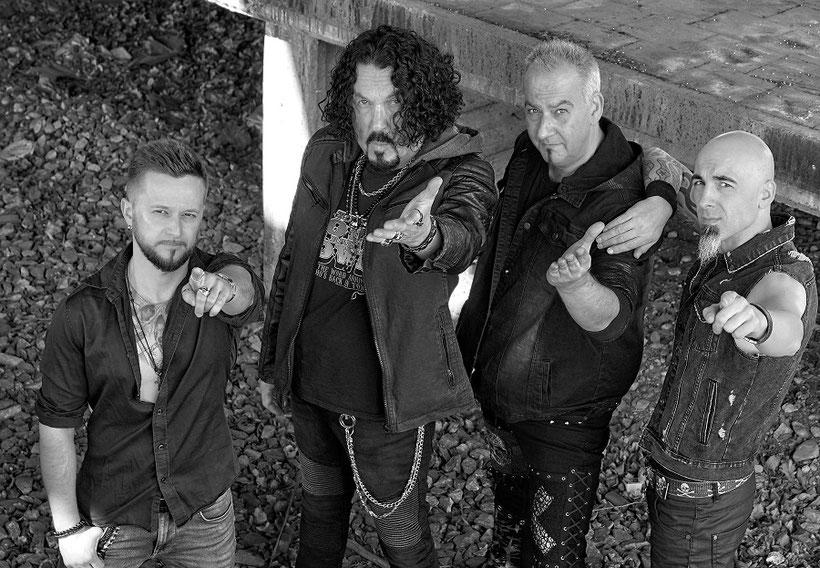 BLACK ANGELS - Neues Album »Steamroller« soeben veröffentlicht