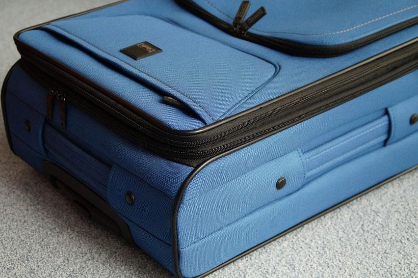 Ultimative Packliste fürs Handgepäck auf Flugreisen - geschäftlich und privat
