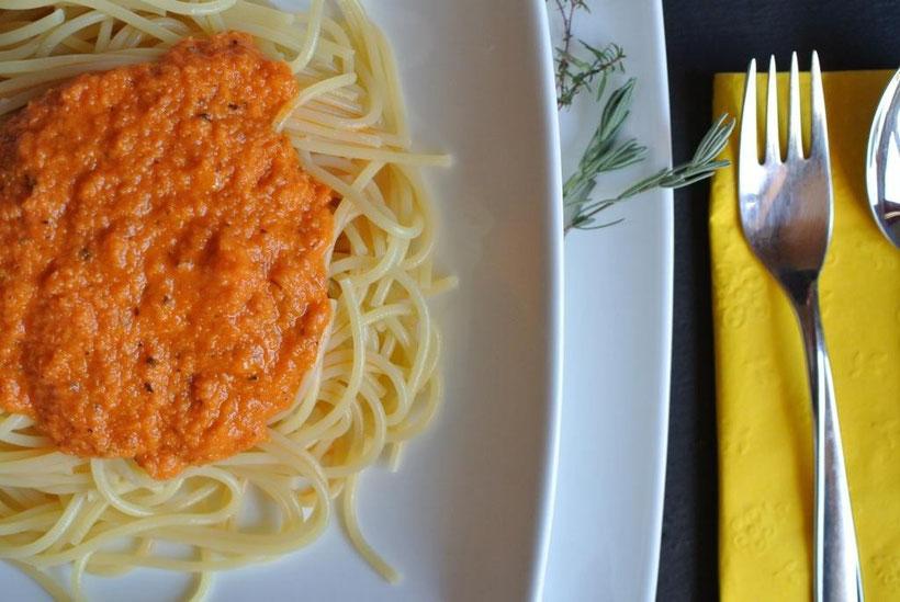 Karotten-Tomaten-Soße und Brotaufstrich (auch für Thermomix)