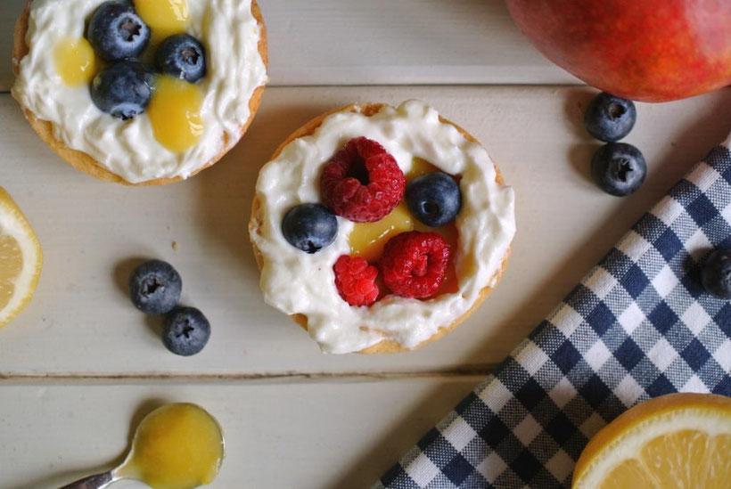 Rezept für Tarte mit Lemon Curd und Heidelbeeren - auch für Thermomix