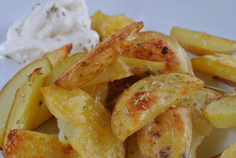 Kartoffelschnitze aus dem Ofen schnell und einfach selbst machen