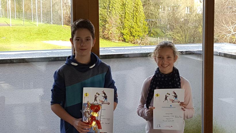 Hier die Gewinner: Tobias Hoechsner (2.Platz) und Vanessa Gediga (1.Platz)