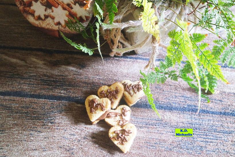 Nuss-Nougat-Herzen Plätzchenrezept aus dem eBook/Buch: Dinkel-Dreams von K.D. Michaelis