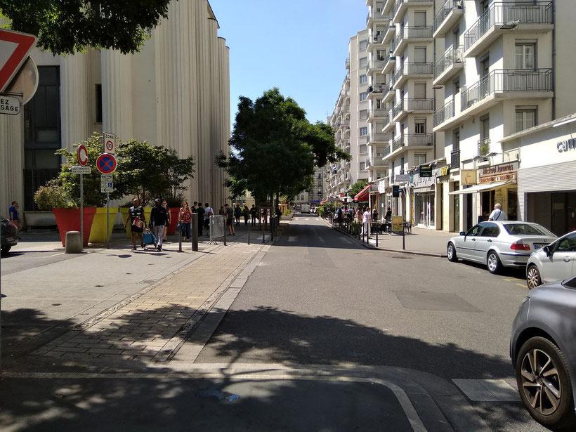 Rue michel servet Villeurbanne pris avec un Xiaomi Redmi 5A