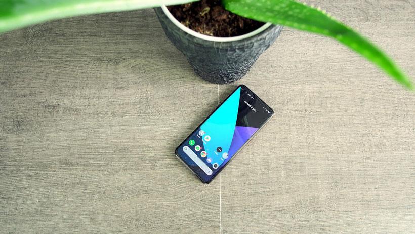 Realme X50 Pro 5G (face avant3)